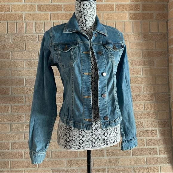 Abercrombie & Fitch Jean Jacket Size Medium